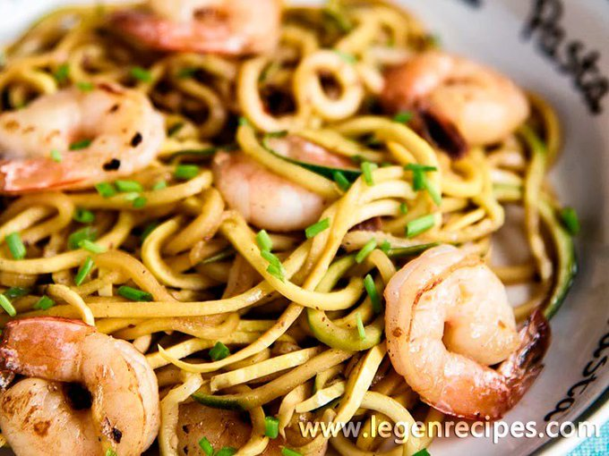 Garlic Shrimp With Zucchini Noodles Recipe