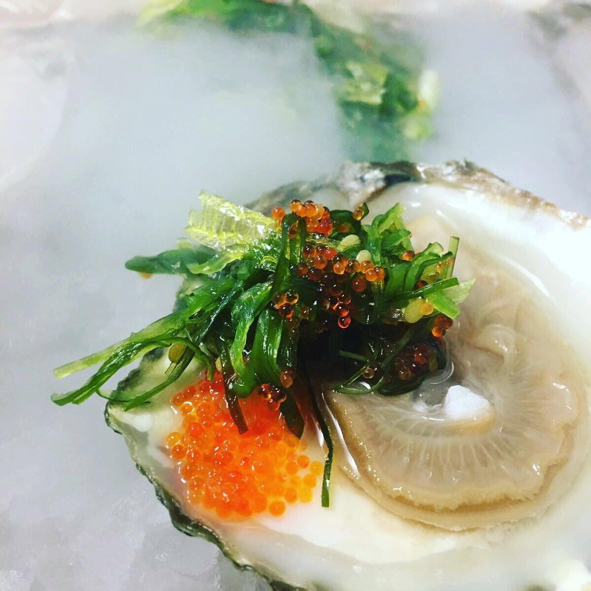 RT @oliviaslacala: Our Spanish national oysters with citrus ponzu and wakami seaweed from our new seafood bar #delicious https://t.co/cJDgV…