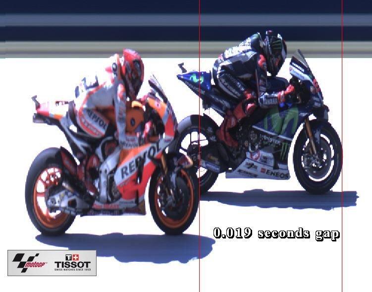 MotoGP: Al Mugello vince Lorenzo al Fotofinish, Rossi brucia il motore