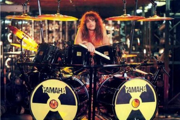 R.I.P. Nick Menza https://t.co/m4849fp2hY