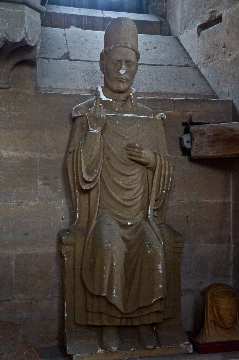 For some reason, this C13 figure isn't on public display at Wells Cathedral. https://t.co/JxF8gJ2Yjv