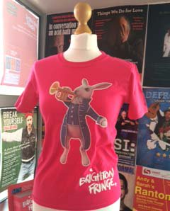 Fancy winning a #BrightonFringeBunny t-shirt? RT for a chance to #win! In kiddies sizes too :) https://t.co/f6RNmiL9kH