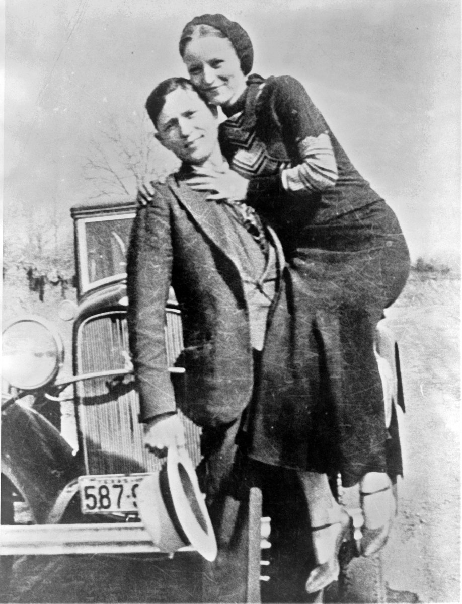 On this day in crime history: Police shot and killed infamous outlaws, Bonnie & Clyde. https://t.co/VX8aqSWknh