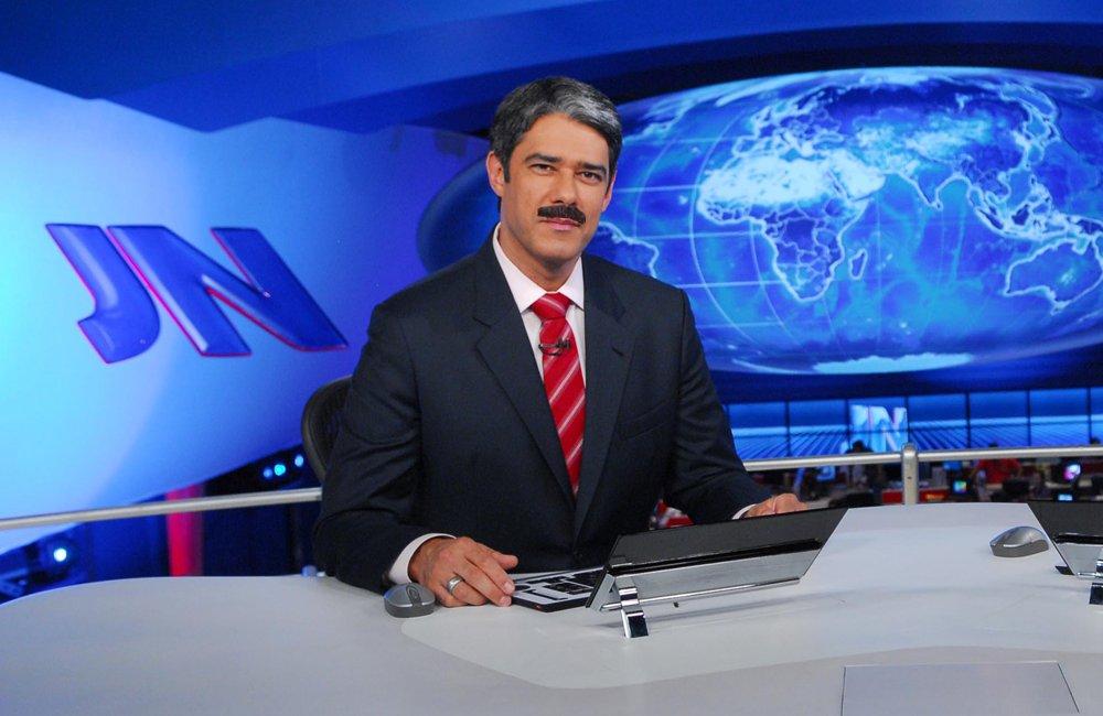 @revistapiaui William Bonner usará bigode para interpretar áudio de Jucá no Jornal Nacional https://t.co/GJt2qGTjbY