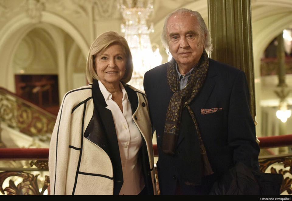 Enorme tristeza por la partida de Aurea, mi más sentido pésame a #AntónGarcíaAbril y su familia