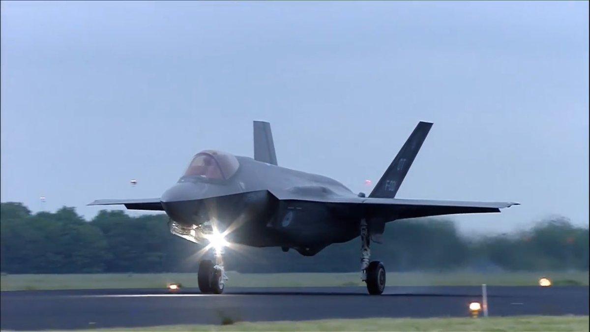 F-35 Development and News Thread: - Page 13 CjKmo6oUoAAXw0T