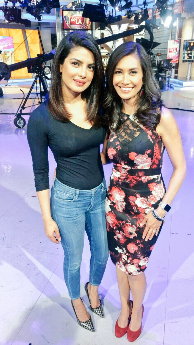 Loved meeting the lovely @priyankachopra at @myfoxla today. #womancrush ;) and yes, she's THAT pretty in person! https://t.co/Ve8CkH7BBY