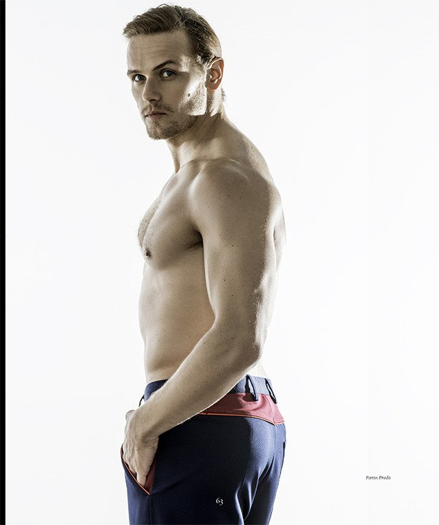 .@SamHeughan for the May/2016 issue of luxury magazine @HauteLivingMag #Yum https://t.co/KGApPbFPJa
