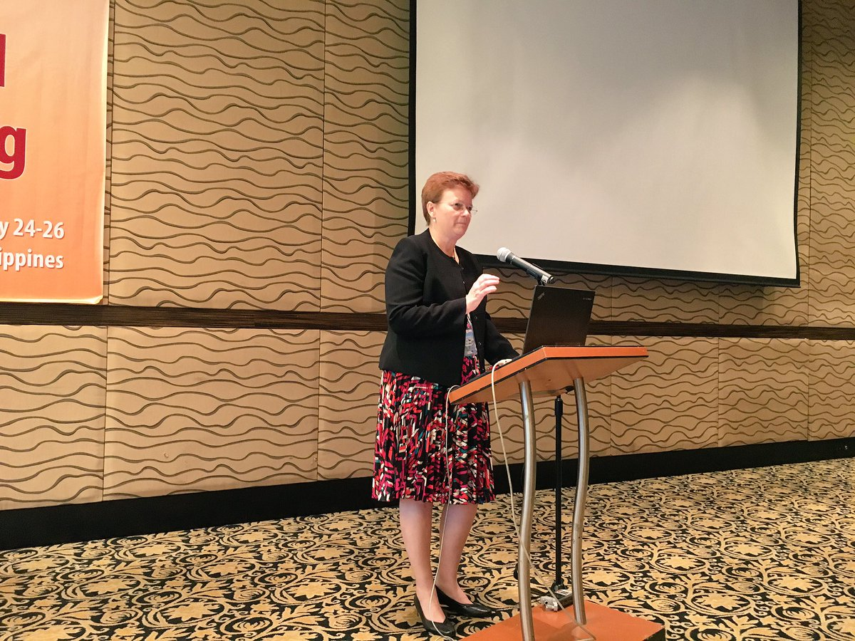 IRRI Deputy Director General for Research Jackie Hughes delivers message from the institute #CURE2016 https://t.co/MnrIaaNACa