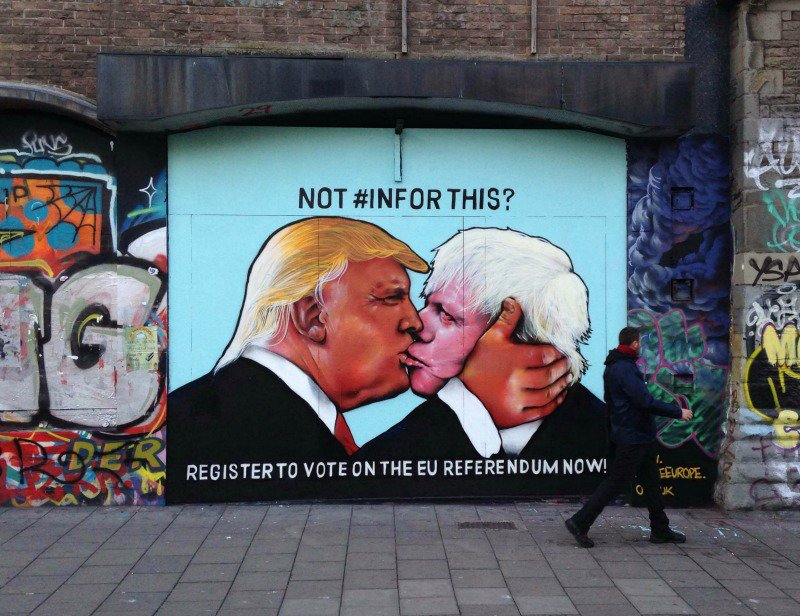Donald Trump and Boris Johnson locked in passionate embrace in new Stokes Croft street art: https://t.co/q4R91Rjoq4 https://t.co/JWBxp5vt12