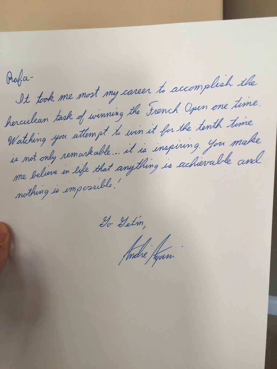 Signed, sealed and delivered...post your letter to @RafaelNadal at Nike Paris!! #VamosRafa @NikeCourt https://t.co/ZELyToNFab