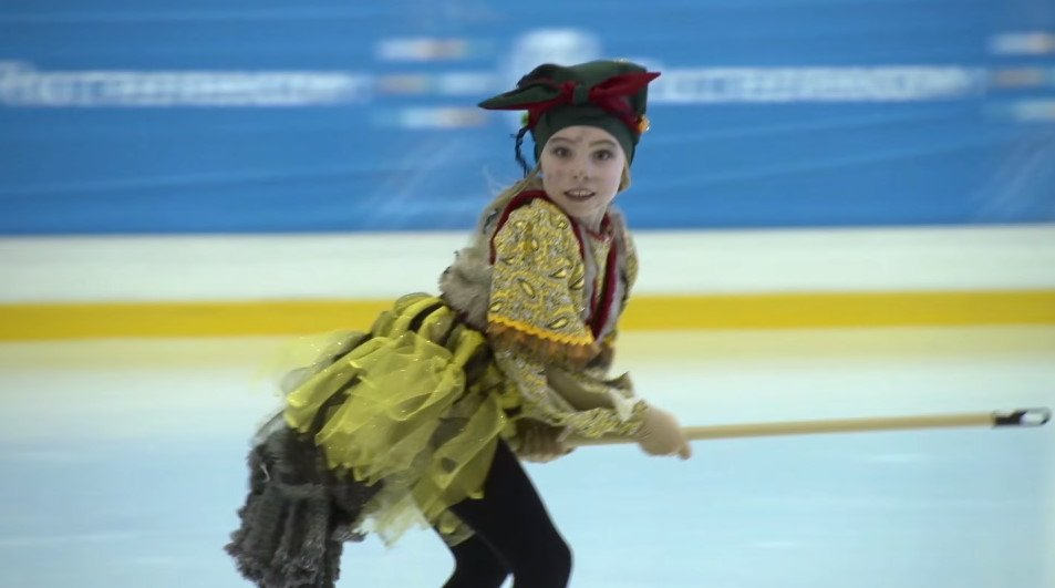 Телешоу «Дети на льду. Звезды» - Страница 2 CjOxNkaUUAATC70