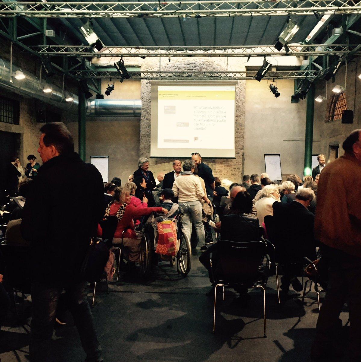 La sala che discuterà dei #ciompi si sta riempiendo. #maratonaascolto pronta per raccogliere le idee! https://t.co/WixvfzTUvI