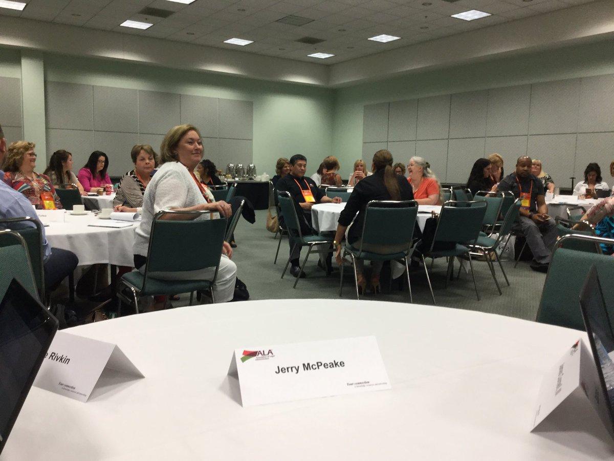 Region 4 Team Innovation Shark Tank Council Meeting #bizlaw16 https://t.co/7wdeLh8UOR
