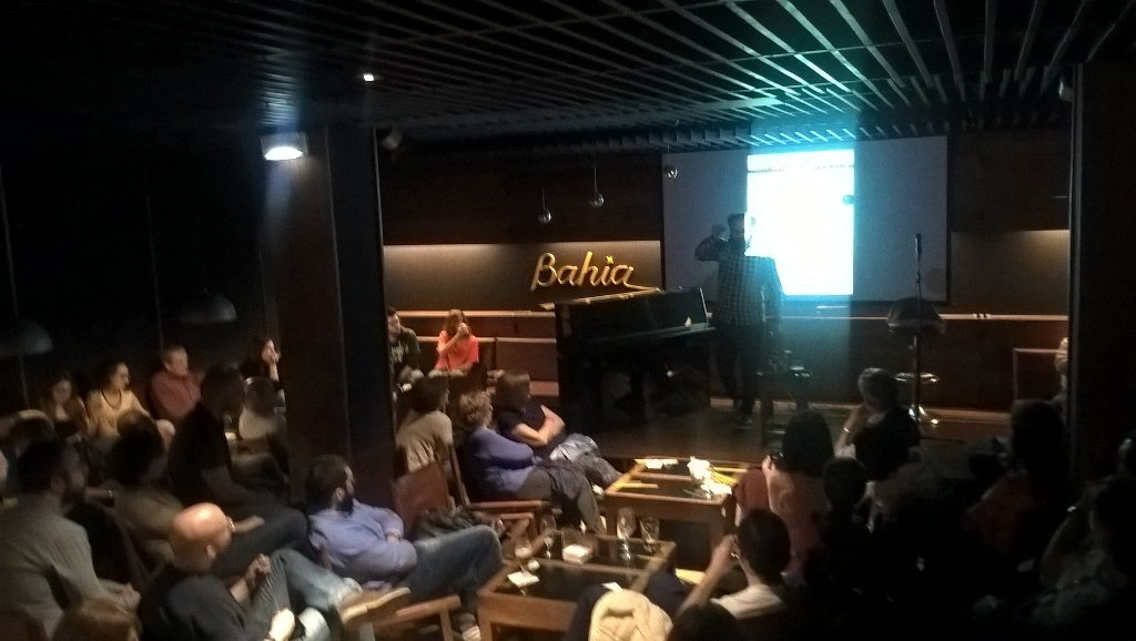 Fantástica charla de Fernando Varela en #pint16pna. Cosas duras - cosas blandas. Muy buen ambiente https://t.co/0fNyJPMff9