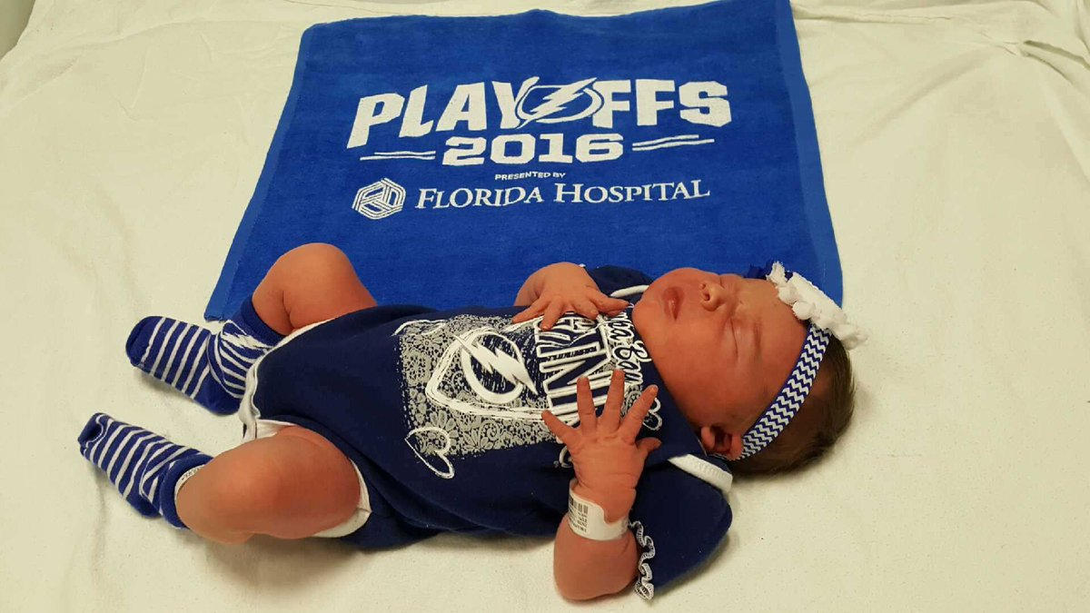 Tampa Bay Lightning fans name daughter after player