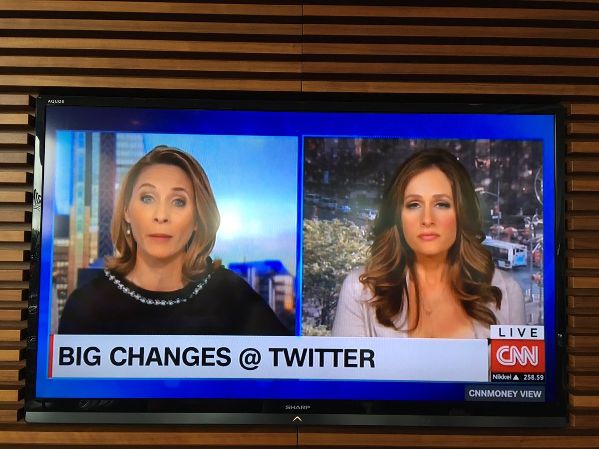 Must be slow news day on @CNN currently they are live talking about the twitter character limit & I for one can't wa https://t.co/0T5XXJgVP6