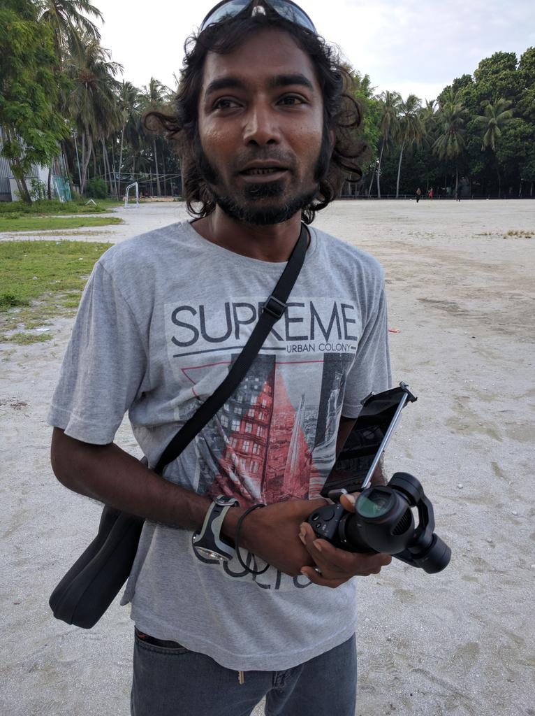 Mapu from #Maldives RC Federation doing great work with aerial photography & solar energy @UNDPMaldives @DJIGlobal https://t.co/bdrbVzu8Xk