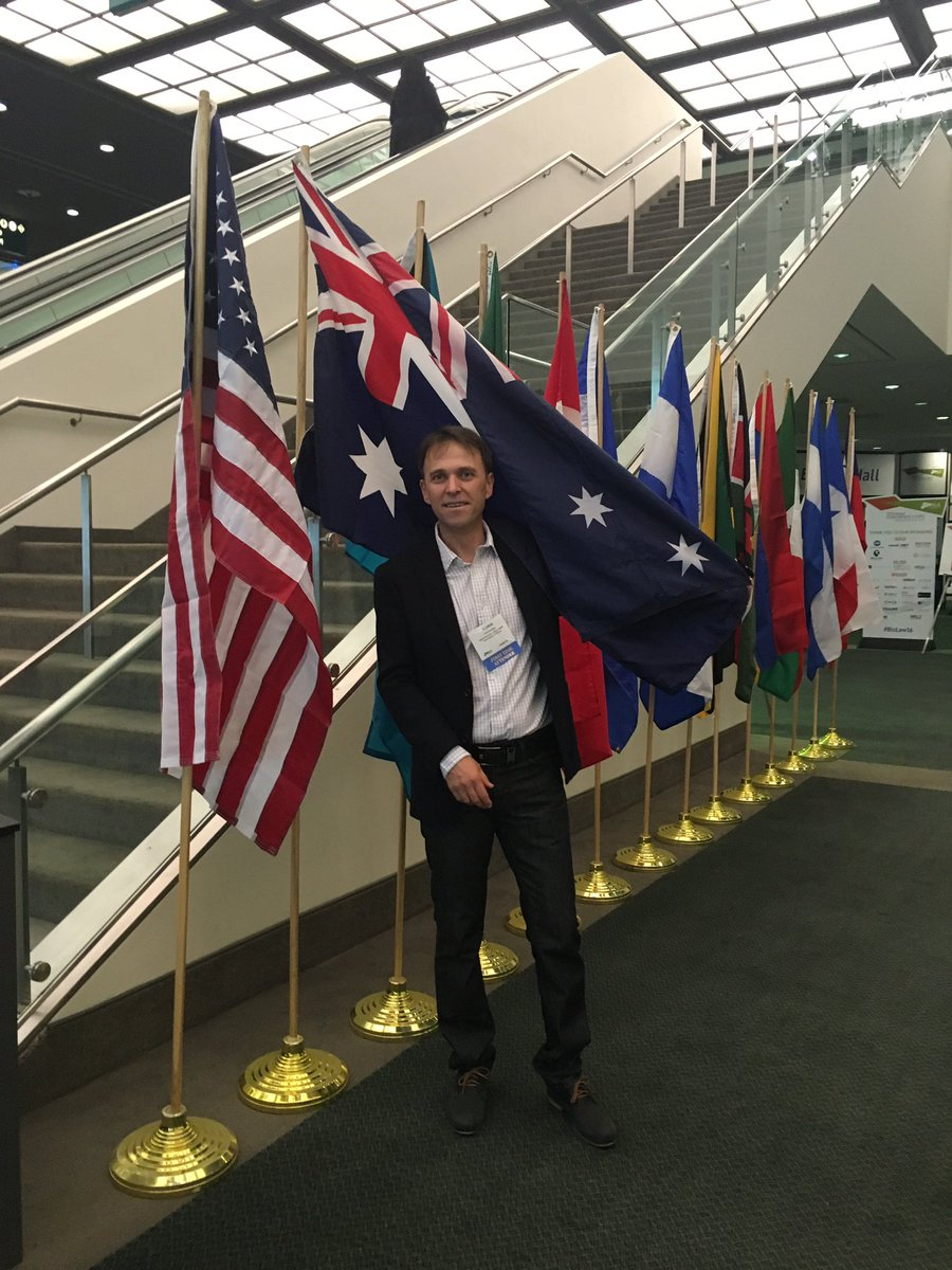 Flying the Aussie flag & looking forward to the final day @ALABuzz #bizlaw16 https://t.co/AFEfHNEZdd