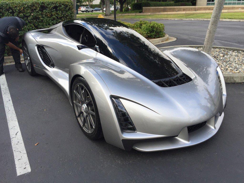 Crazy sleek single passenger car parked outside of Wilson Sonsini offices in #PaloAlto https://t.co/qyxJsRabLM