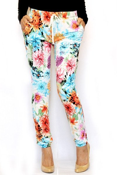 @nycinyyc shop Carrie&#39;s Closet  http://www. carriescloset.ca / &nbsp;   for  new funky clothing #joggers #dresss #tops #stockings<br>http://pic.twitter.com/NsvfJQg2A0