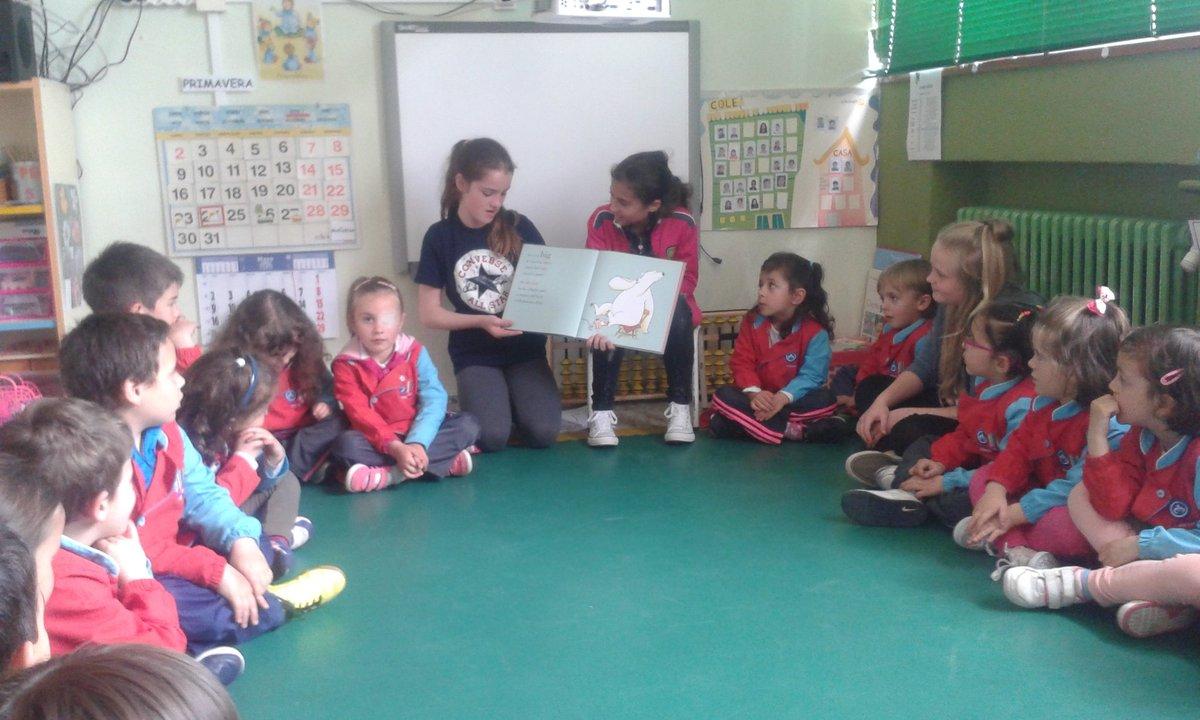 Year 6 sharing their stories with Spanish children @colsangregorio https://t.co/CP5GR4HLDH