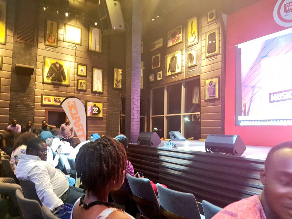 We are live at #AirtelTraceStar >> Hard Rock Cafe @AirtelNigeria https://t.co/oZMou6KNQk