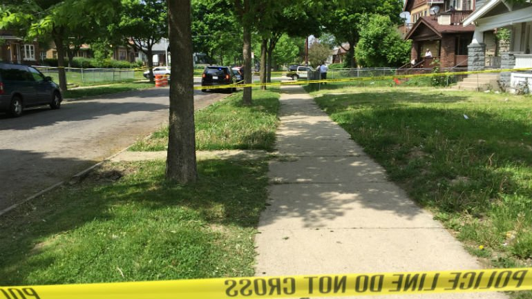 Police: 31-year-old man shot, wounded by his own brother near 39th & Center