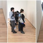 イタズラで美術館の床にメガネを放置した結果大変なことになりました!