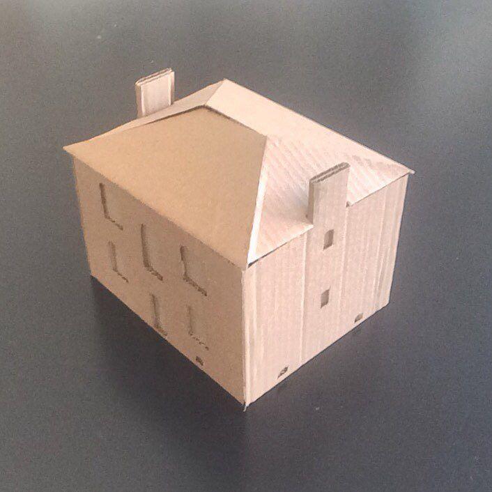 Today, my canvas is a house. #pavillon #façades #muraille #maquette #Ourcq #Eau #رسم #رند #جدارية #pavilion #facade…<br>http://pic.twitter.com/C6tPhuTRW9