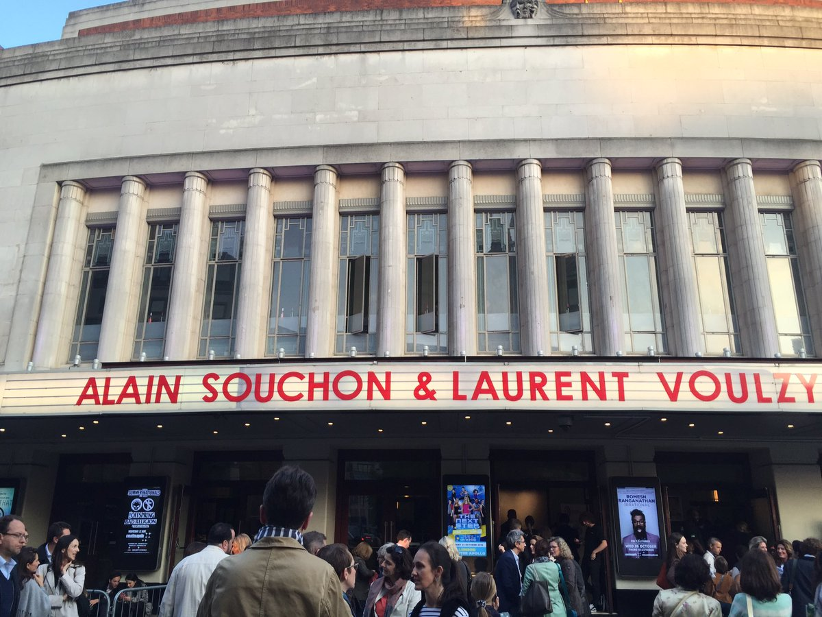 Souchon & Voulzy London's calling ! @ParlophoneFR @alainsouchon @WarnerMusicFR<br>http://pic.twitter.com/cDlNpvMEcP