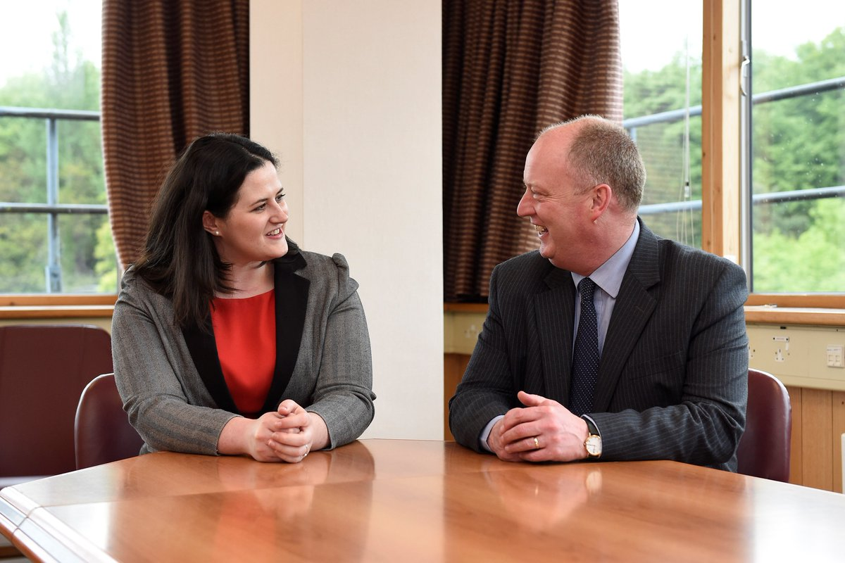 Justice Minister Claire Sugden meets @ChiefConPSNI to discuss policing issues https://t.co/UomBrm848L