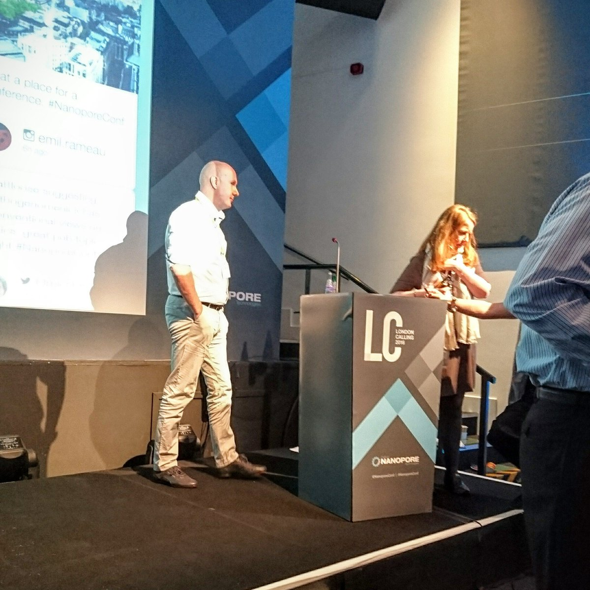 Looking forward to hear what @Clive_G_Brown is hiding up his sleeves #nanoporeconf https://t.co/fhvyQwIvEc