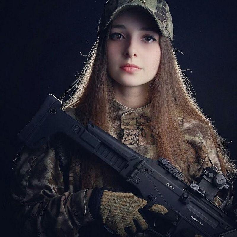Боевая женщина картинки