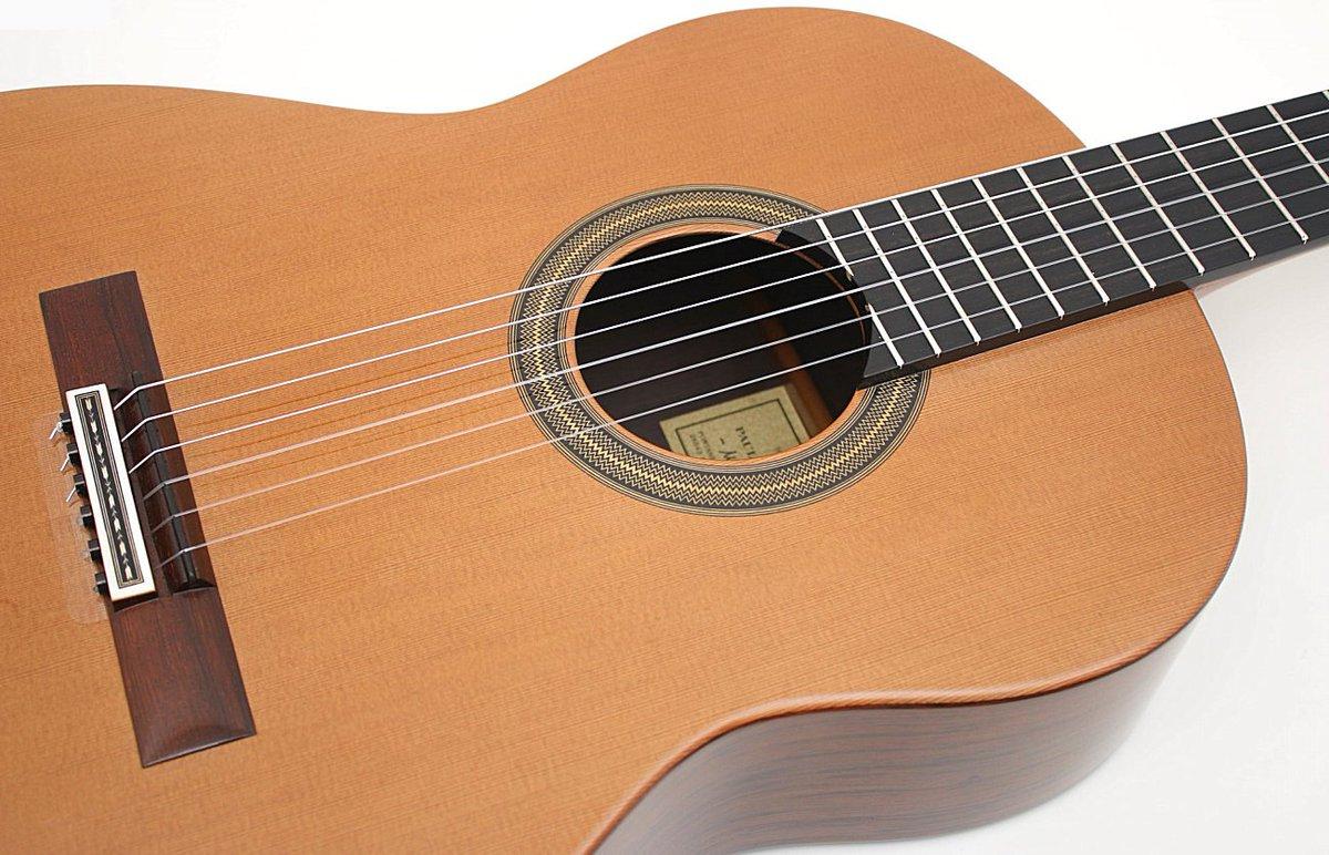 Guitarras de luthier gdeluthier twitter for Guitarras de luthier