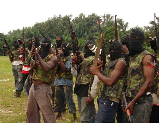 Militants Shut Down Pipelines, Onshore in Nigeria, locals voice support