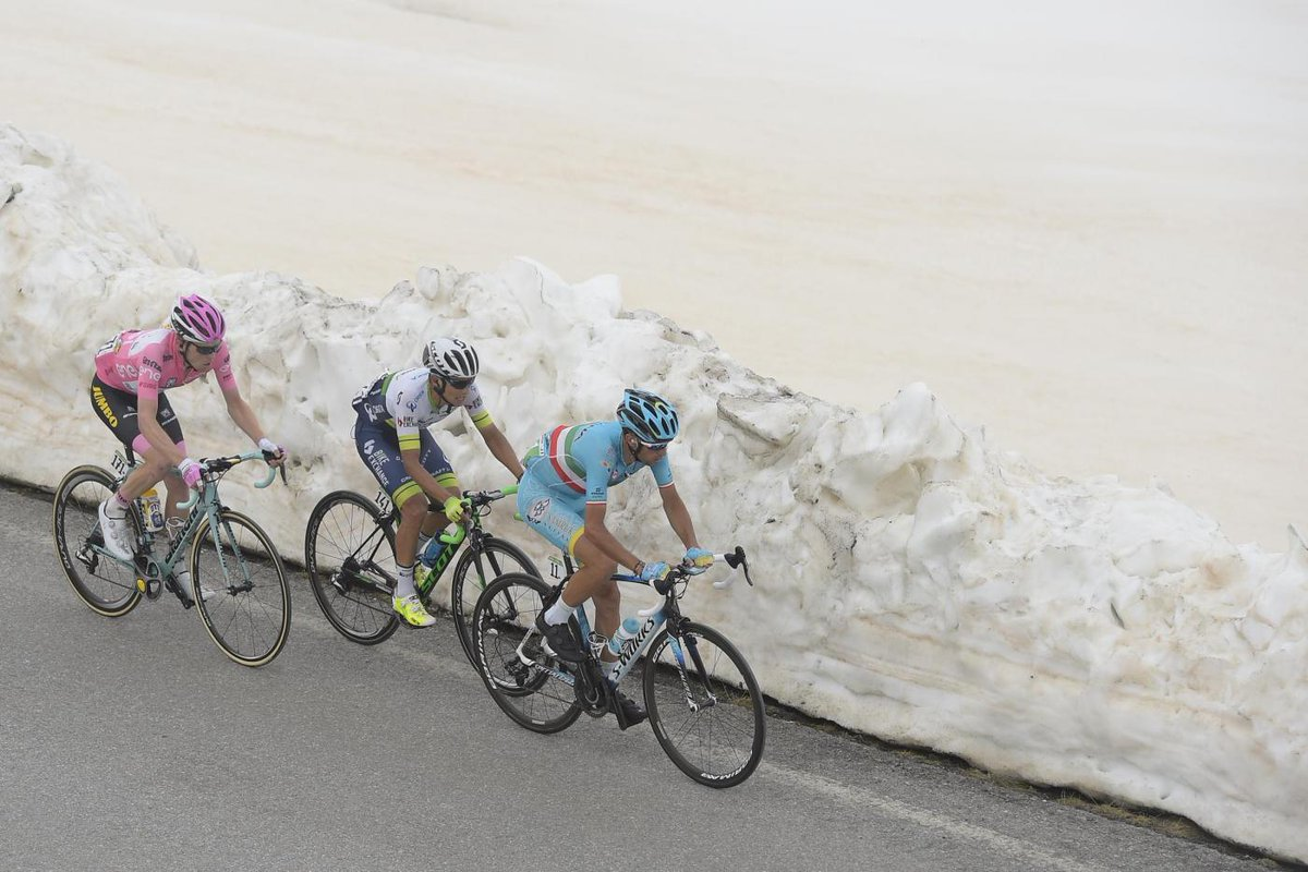 GIRO d'Italia: dopo Cima Coppi Nibali trionfa a Risoul e riduce il distacco in classifica