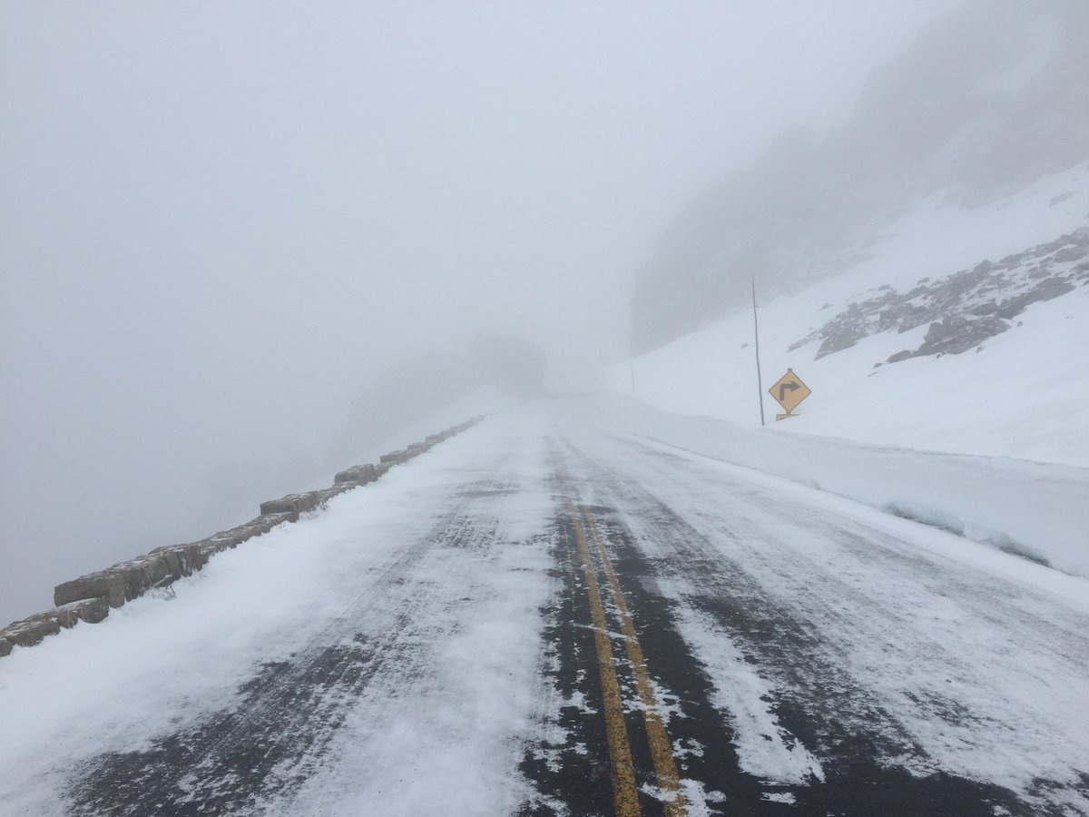 Due to road & weather conditions, Trail Ridge Rd in #RMNP will not open today. Reevaluating status daily. ks https://t.co/HOq7GeMCay