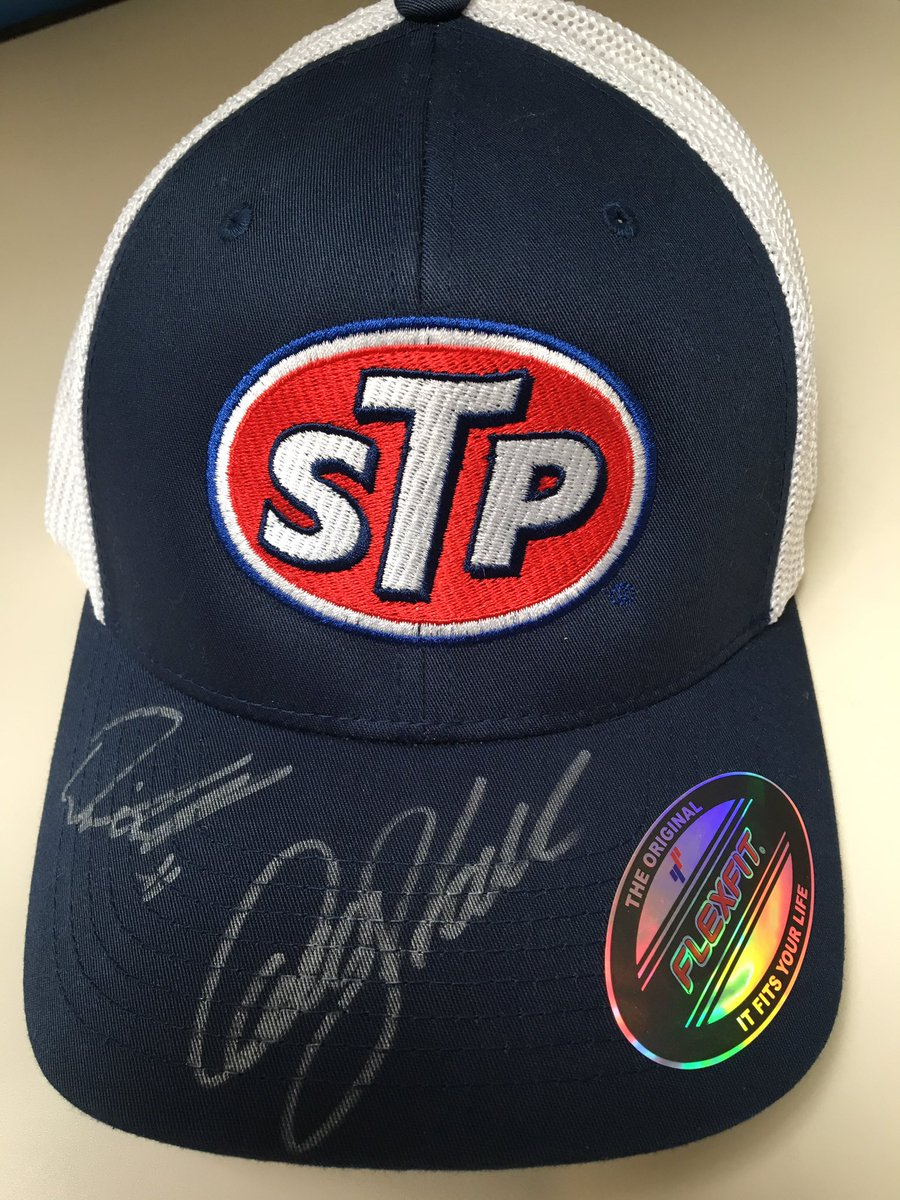 Retweet this to enter for the drawing of this @dennyhamlin signed hat. We will choose a winner at 3 pm CT! #KS50K https://t.co/CUsPPl3ayU