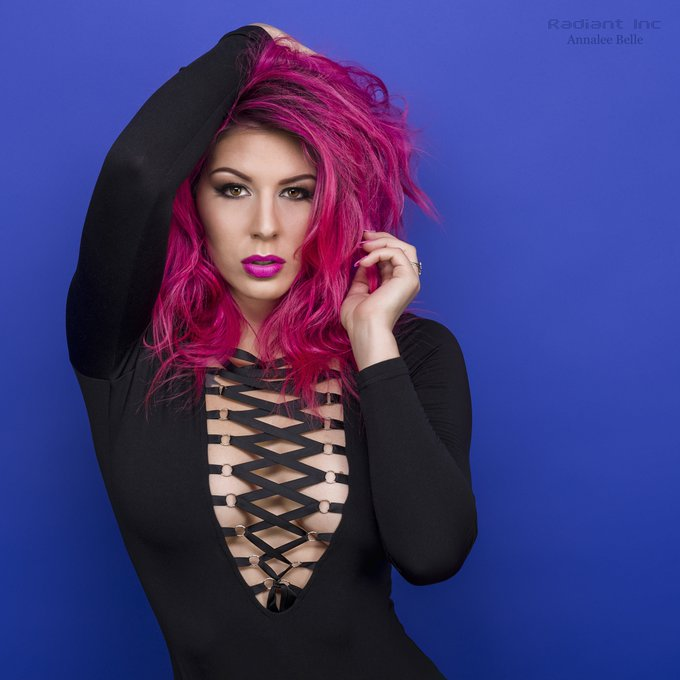 Keep your eyes on the stars, and your feet on the ground. Happy Friday! New photo from @Radiant_Inc https://t