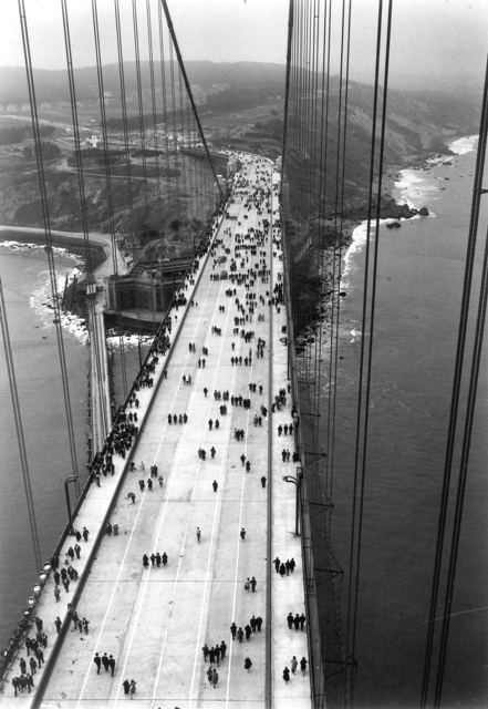 The Golden Gate Bridge opened to pedestrians 79 years ago today! Pedestrian Day, May 27, 1937 https://t.co/7mR3Ks47me