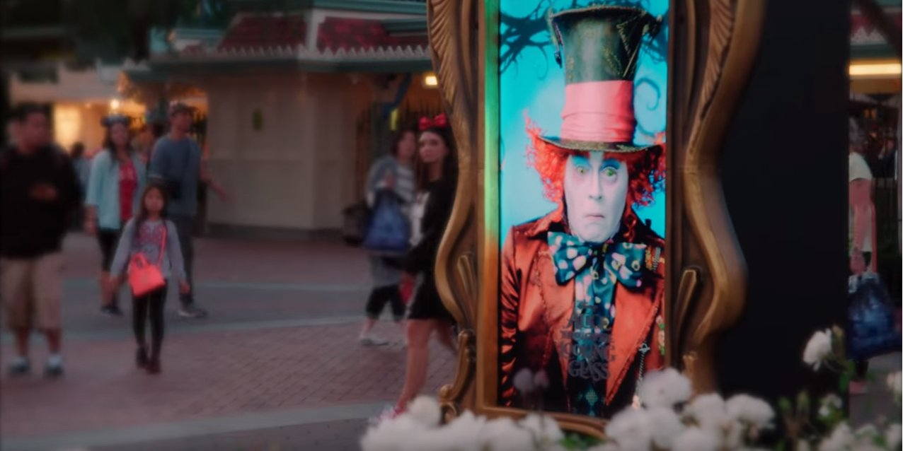 Disneyland surprises visitors with a magical Mad Hatter Surprise #billboard: https://t.co/fHMt7VJFpf https://t.co/fOGaH7Yrm0