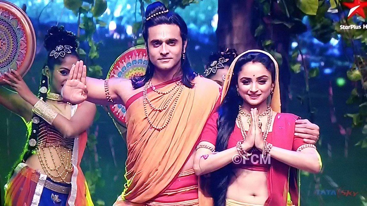 Adorable Perfromance by Ram and Sita in Siya Ke Ram - Ashish Sharma and Madirakshi Mundle image-pic