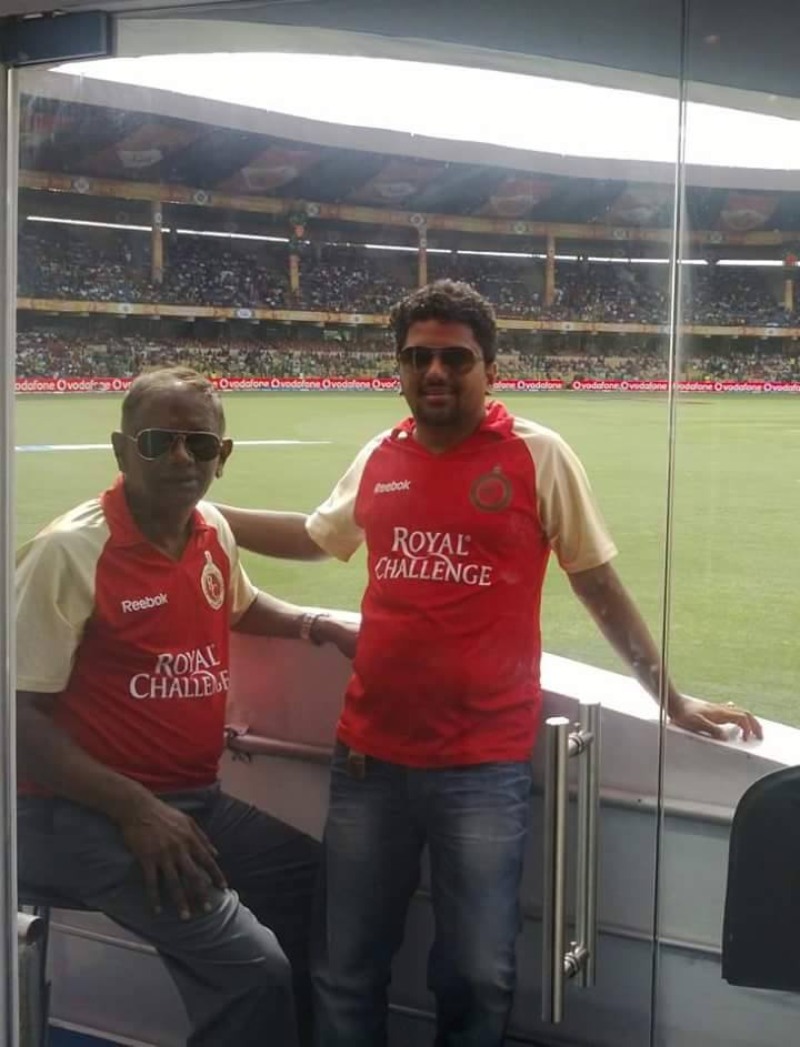 both Dad & son r @RCBTweets fans & never miss a match in #BLR @TataZest how can i miss #ZestTicketToRCB #ZestUpRCB https://t.co/Rohmq90hcR