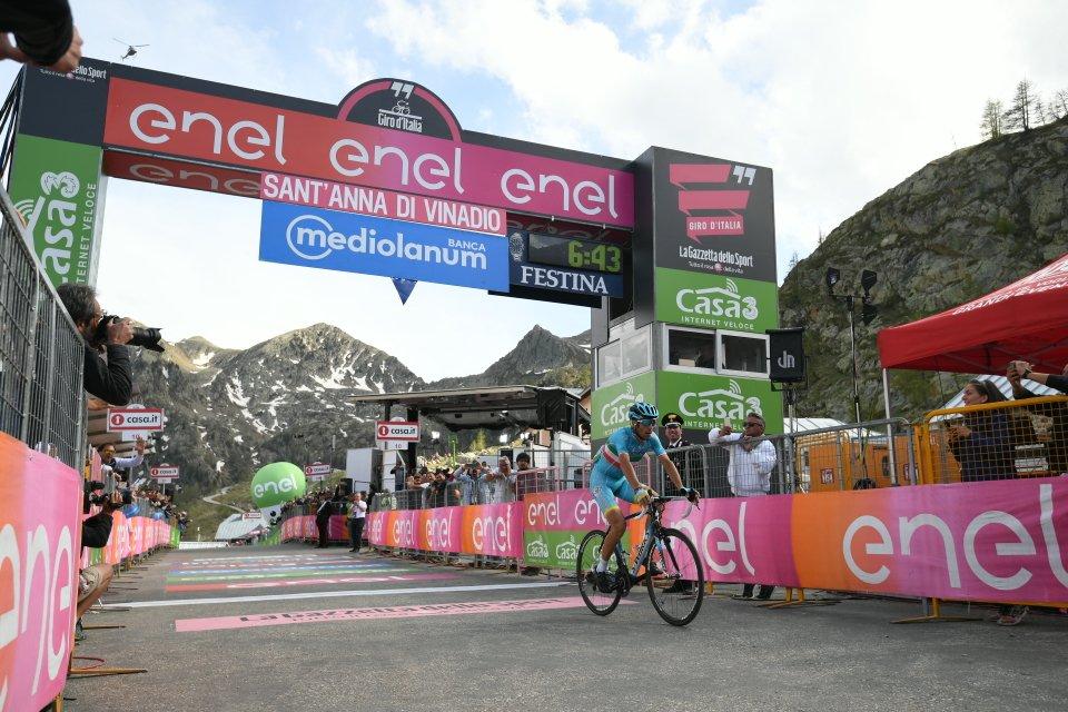 Giro, Nibali zittisce tutti e vince