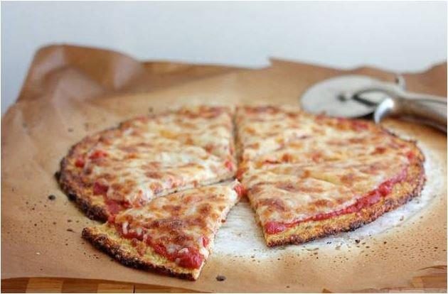 Divorzio all'italiana: pizzaiolo paga gli alimenti all'ex moglie con pizza e calzoni