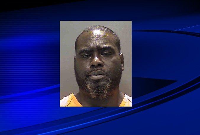 Deputies: Man stabs ex-girlfriend, murders her mother