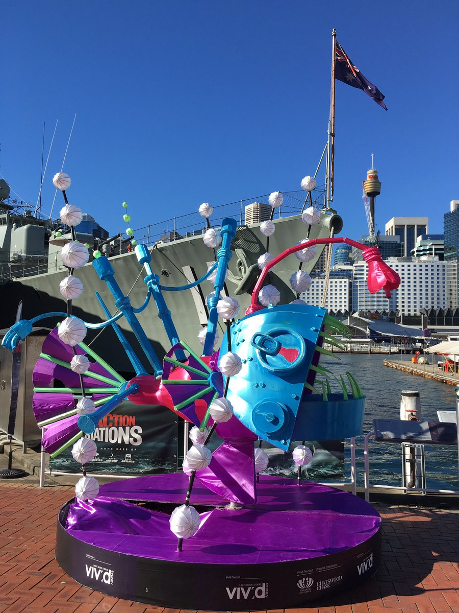 Discovering that #vividsydney is beautiful in the daytime too! #artsed #arted