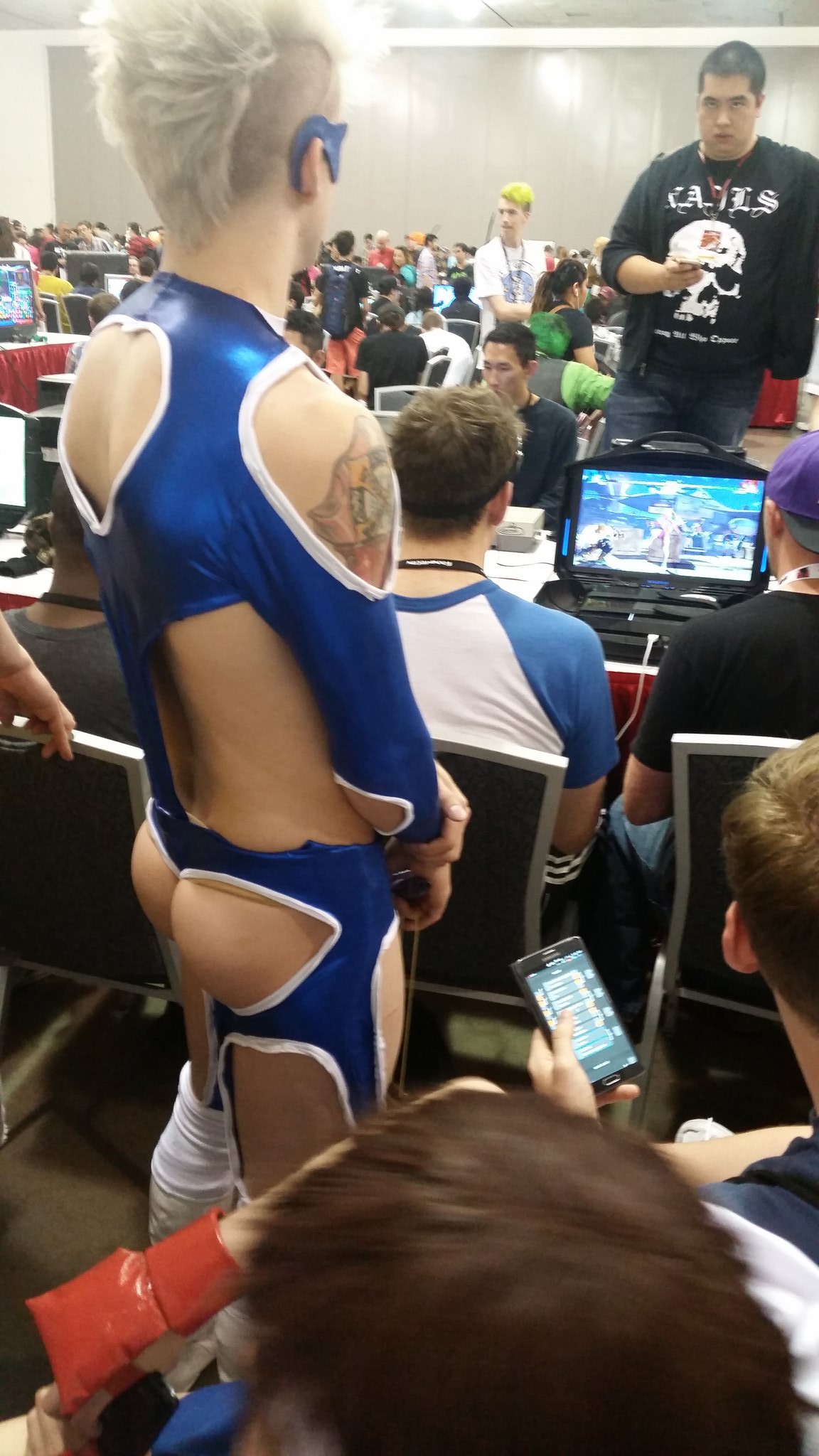 r mika cosplay