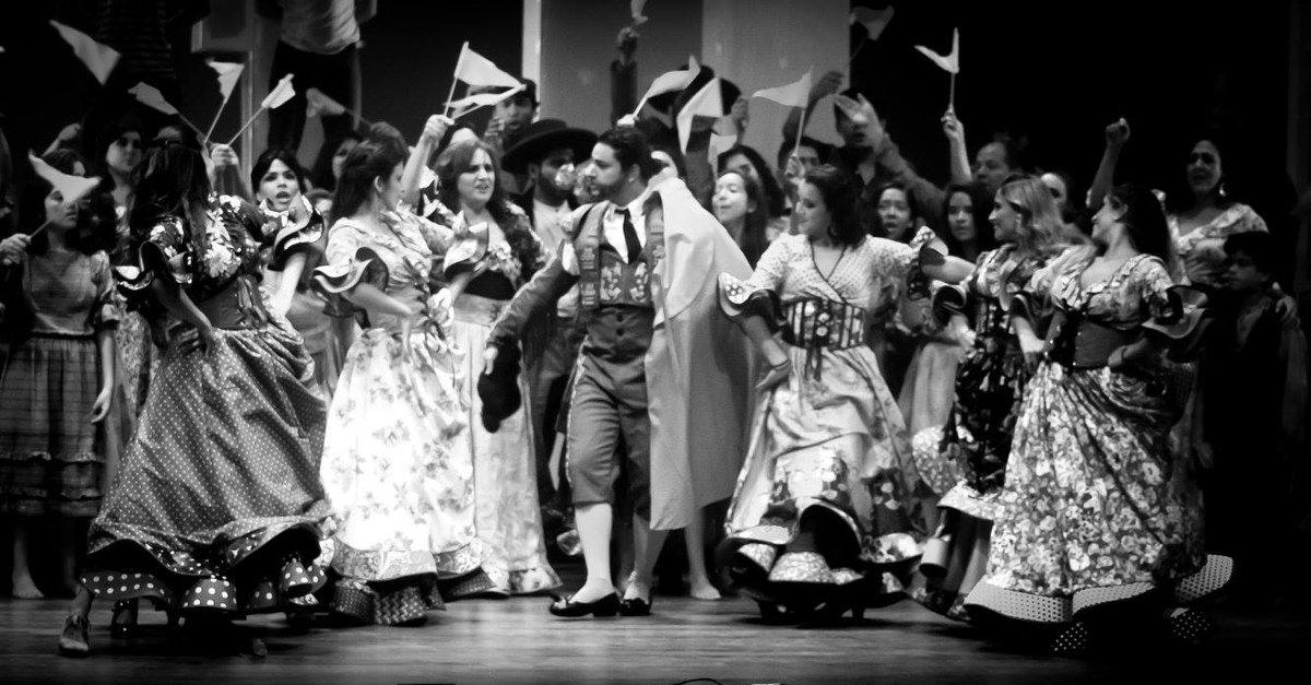 A por la penúltima función de #Carmen de #Bizet @GranTeatroNac